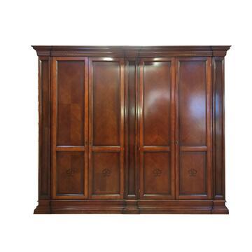 Ampio armadio composto da 4 ante,3 cassetti interni e 2 ante a specchio. La soluzione a tutti i tuoi problemi di spazio e stile.