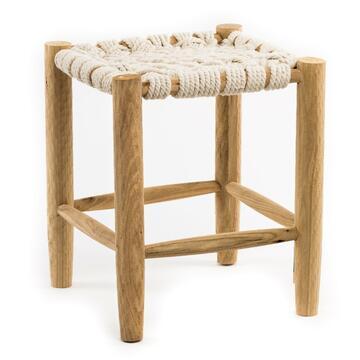 Piccolo e pratico sgabello Arton, impagliato con strtuttura in legno.