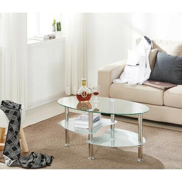 Tavolino da salotto ovale in vetro con 3 ripiani e gambe circolari di metallo cromato.  Lo spazio per le riviste tra i ripiani ti aiuterà a mantenere le tue cose in ordine e organizzate.