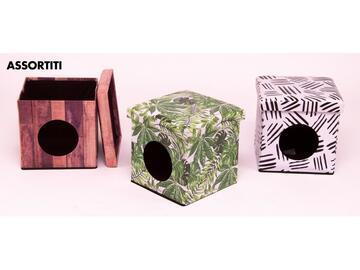 Pratico pouff cuccia per animali, 32x32 cm. Disponibile in varie fantasie assortite.